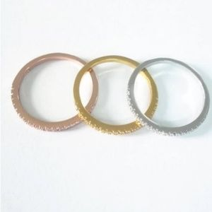 Jewelry - 3 ring mixed metals diamond stack set